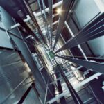 Thép cấu tạo thang máy bao gồm những loại thép nào?